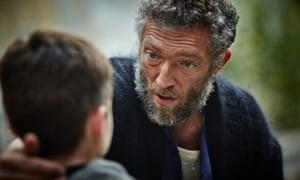 Vincent Cassel Mengkritik Artis Pengisi Suara Film Italia